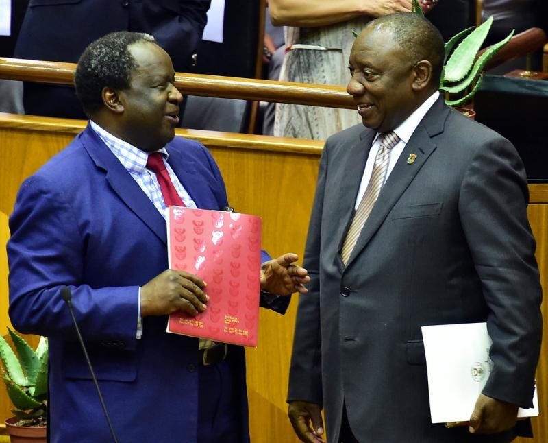 """Il Ministro delle Finanze Mboweni presenta un """"Economic Policy Paper"""""""