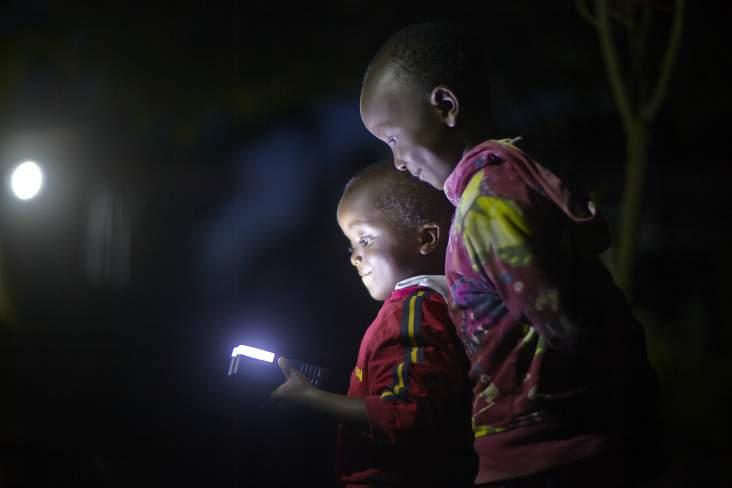 Protocollo d'intesa tra la Tanzania e i donatori per la connessione energetica nelle zone rurali