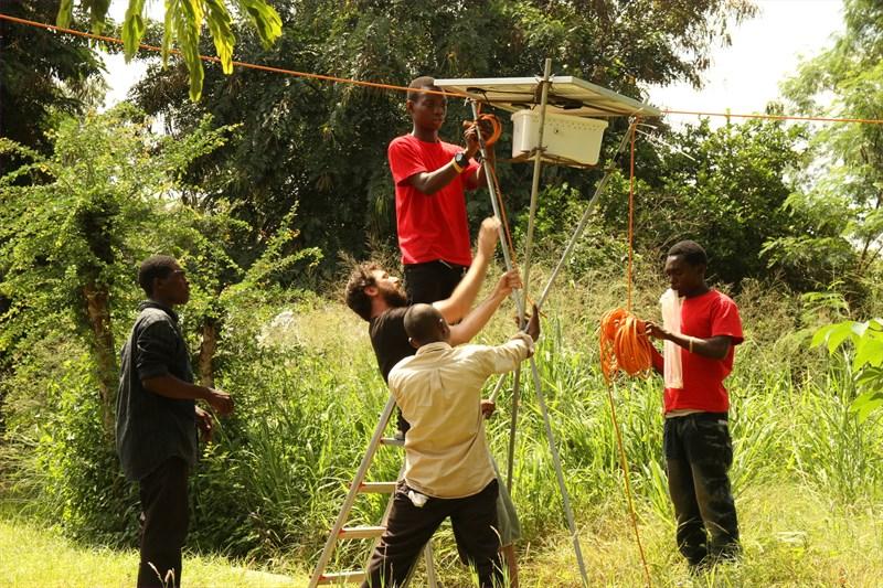 L'Unione Europea sostiene la Tanzania per l'elettrificazione rurale