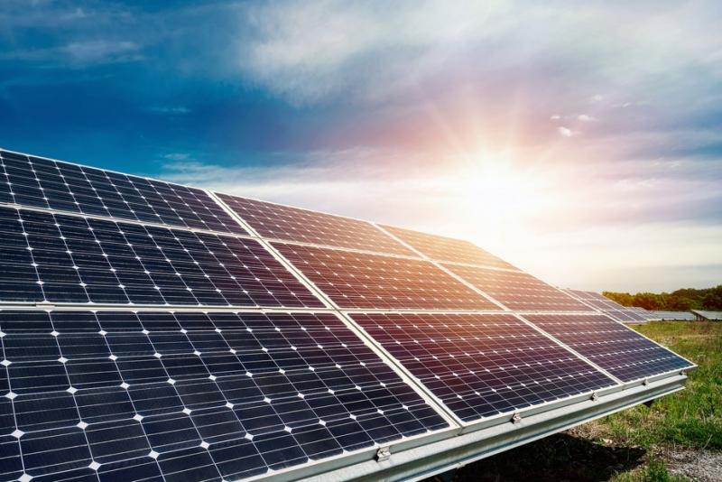 Governo azzera dazi importazione apparecchiature per generazione solare