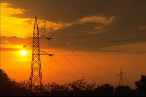 Promulgata la nuova legge di trasmissione elettrica