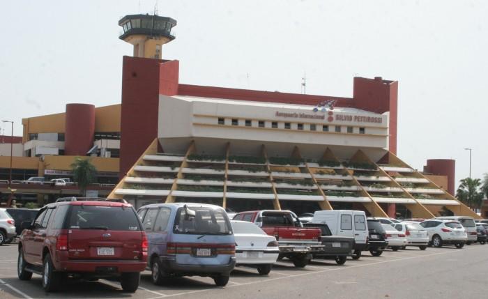 Gara internazionale per l'aeroporto di Assunzione