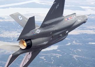 Le societa' olandesi Fokker ed Aeronamic effettueranno la manutenzione della flotta F-35 europea.