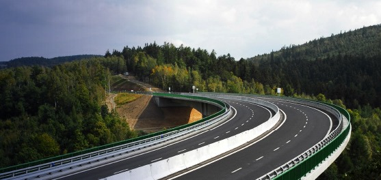 Gara d'appalto per lavori di manutenzione di una tranche dell'autostrada D1 nella Regione della Boemia centrale