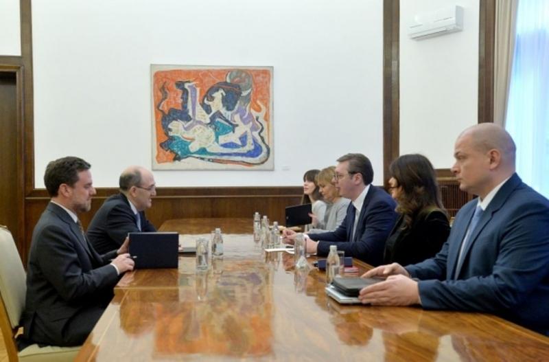 L'Ambasciatore Lo Cascio ha incontrato il Presidente Vucic