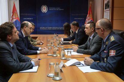 Incontro dell'Ambasciatore Lo Cascio con il Ministro della Difesa Vulin