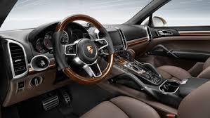 Avviata a Bratislava la produzione della nuova Porsche Cayenne