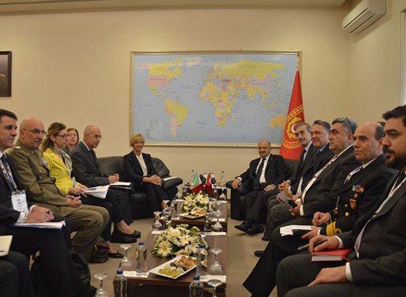 Visita del Ministro della Difesa Pinotti ad Istanbul