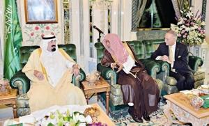 Re Abdullah istituisce 11 nuovi centri di ricerca presso altrettante università saudite